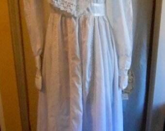 Vintage 1970s Gunne Sax Wedding Dress with Original Tags
