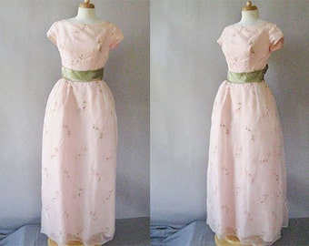 1960s Embroidered  Dress - 60s Pink Maxi Dress - Vintage Organza  Formal Prom Gown S