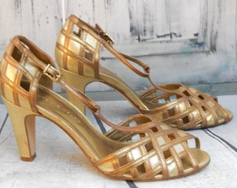 Stunning Vintage PEEP Toe ~Gold ~Bronze Leather T~STRAP High Heels Size 8~ Runs a little smaller