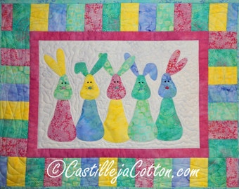 Bunny Quilt, 4540-2, Children's wall quilt, children's wall hanging