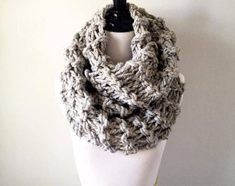 Double Looped Cowl / Chunky Knit Cowl / Oversized Cowl