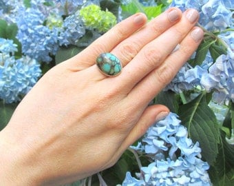 Sterling Silver and Turquoise Ring VINTAGE 1970s Natural Webbed Turquoise size 6