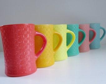 Vintage Fired on Color Milk Glass Mugs, Glasbake Basketweave Coffee Mugs,  Basket Weave Coffee Mugs, Glassbake Glasbake Mckee Mugs
