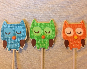 Owl cupcake toppers (blue/green/orange)