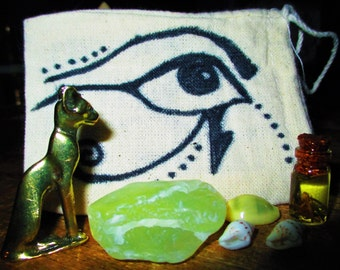 Bastet Relic Figure Miniature Altar Set - Prehnite, Cowrie shell, Sea shell, Ritual Anointing Oil - Goddess Magic, Cat Magic, Feminine Power