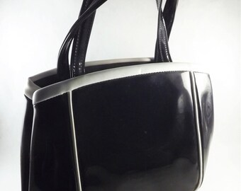 Black Patent Leather Handbag, Mod Black Bag, Black Purse, Vintage Black and White Handbag