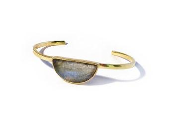 Moon Gazer stone bangle - Labradorite, labradorite jewelry, labradorite bracelet, labradorite cuff