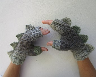 Dragon,dinosaur,monster, crocodile, fingerless mittens gloves, handmade,cozy pure wool, medium female adult