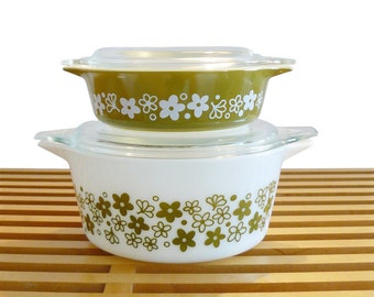 Mid-Century Mod Pyrex Crazy Daisy Cinderella Lidded Casserole Dishes