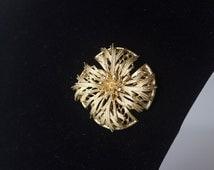 Vintage Lisner Brooch - Gold Toned - Signed