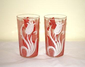 Red & White Tulip Water Glasses Vintage Pair