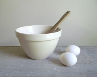 Pudding Basin | Ascot White Cookware G. T. Green Mixing Bowl 24's | English Ironstone Christmas Pudding Bowl | Vintage Farmhouse Kitchen