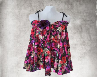 Watercolor floral top/Removable flower brooch/trapeze big shirt/Bow tie front/Spaghetti string adjustable shoulder