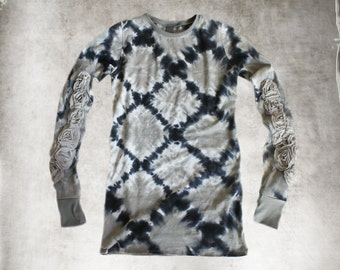 Tie dye and roses/Gray navy print/Women tee crew neck/Extra long scrunch knit top