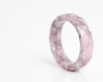 silver mauve size 5.5 thin multifaceted eco resin ring