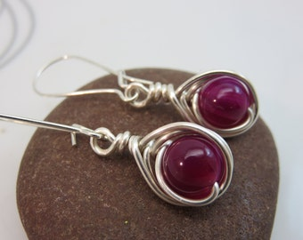 agate earrings -  wire wrapped gemstone earrings - magenta earrings - wire wrapped earrings - silver kidney wire earrings - gemstone dangles