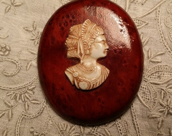 CHARMING Pin w/ Celluloid Cameo VINTAGE
