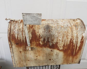 Vintage Metal Mailbox.