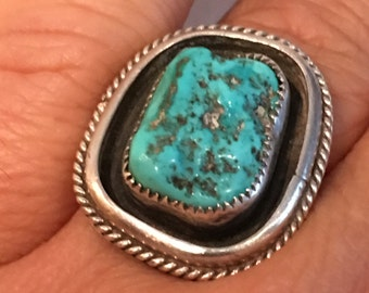 TURQUOISE STERLING Silver Large Native American  Ring 9.2 Grams Size 9.5