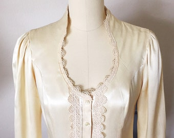 Gunne Sax Rayon Satin Blouse, Victorian Top, Vintage Gunnies Cream and Lace Blouse, Romantic 70's Prairie Peasant Wedding Blouse, Size small