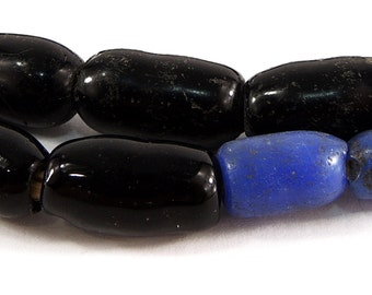 Amoeba Freeform Trade Beads Black Africa 97896
