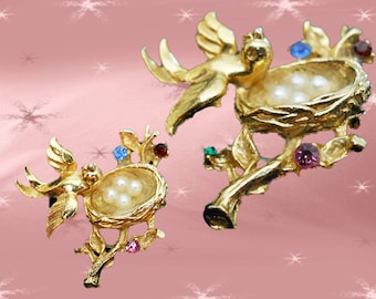 Vintage Figural Pin - Bird Brooch - 80s Brooch with Bird and Nest
