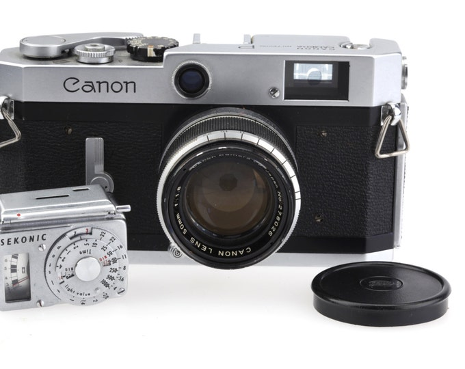 Canon P  RangeFinder Camera, Canon 50mm 1:1.8,  Sekonic Light Meter, And Original Leather Bag! Very Good Condition!