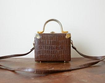 Formal Tiny Handbag Golden Handles Vintage Tooled Crossbody Bag