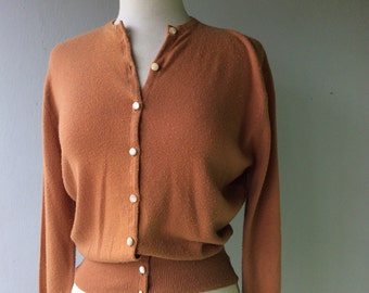 1960s CARAMEL Buttun Up Cardigan Sweater