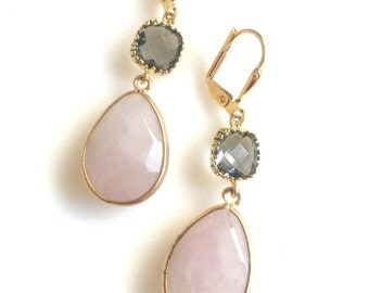 Rose Quartz and Charcoal Grey Drop Earrings in Gold.  Bridesmaid Earrings. Dangle Earrings. Pink Drop Earrings. Wedding Jewelry. Bridal Gift
