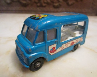 Vintage Blue, 1963', Matchbox, #47 ,'Commer Ice Cream Canteen' Lesney, England!