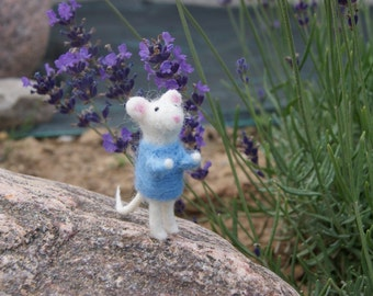 Felted mouse, needle felted mouse, mouse miniature