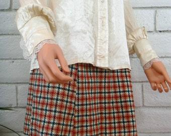 80s GUNNIES VICTORIAN BLOUSE vintage cream satin lace prairie shirt M
