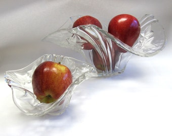 Mikasa Clear Glass Bowls Large Small Bowl Leaf Set of Two