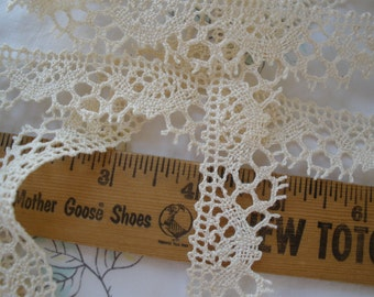 Ecru 100% Cotton Cluny Crochet Scallop Lace Trim 2 yard lots 25mm wide picot edge unbleached yardage Made in Poland Antique white