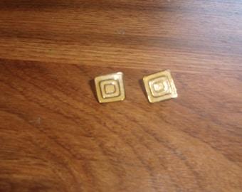 vintage clip on earrings goldtone pale yellow enamel
