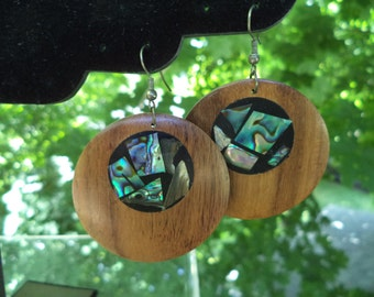 Vintage 1980s Handmade Teak Disc Earring with Mother of Pearl Inlay