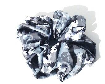 Digital snow Camo scrunchie in Spandex