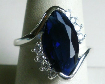 Sterling Silver Blue Stone Ring-size 8