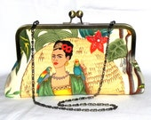 Frida Kahlo Clutch - Red, green, yellow, beige and teal - Brass kisslock frame with chain