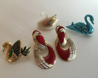 Swan Bird Brooches Earrings Collection Vintage lot 1033