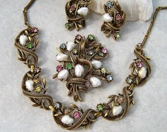 Vintage Coro Parure Baroque Pearl Multi Color Rhinestones Necklace Brooch Earrings