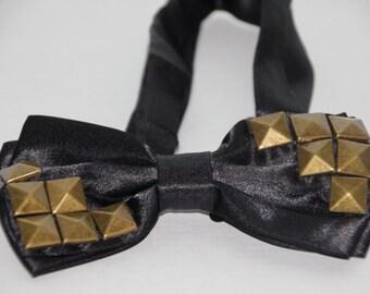 Cooper Studded bowtie Cooper studs tie Steampunk studded bowtie Punk Black Bow tie Studded Rock bowtie Goth studded bowtie