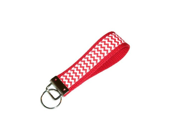 Key Fob -Red and White Chevron - Back to School - School Colors Key Ring - Gift Under 10 - Gift for Grad - Teacher Gift
