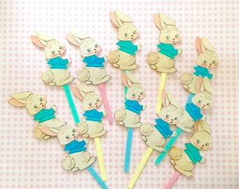 Sweet Bunny Cupcake Toppers/Easter Bunnies/Easter Cake