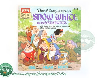 Vintage Snow White and the Seven Dwarfs Book Paperback Disney Book 1977