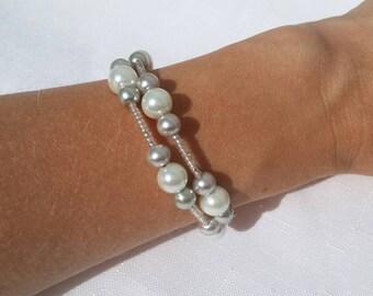 handmade bracelet, beaded bracelet, White pearl beaded bracelet, Gray Pearl beaded bracelet, Silver Seed Beaded Bracelet