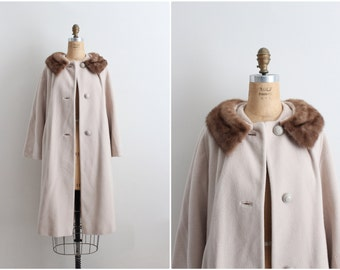 60s Oatmeal Coat / Cashmere Mink Collar Coat / Fur Collar Coat / Camel  1960 Coat / 60s Winter Coat