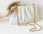 White & Gold Clutch Purse, 1960's Ruffled Vinyl Hand Bag, Hing Top, Phone Storage, Stow Able Shoulder Strap in Gold Chain, Formal, Vintage