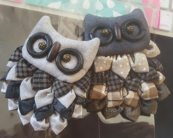 Set of 2 Handmade Owl brooch.Owl pin brooches (25.00 each)